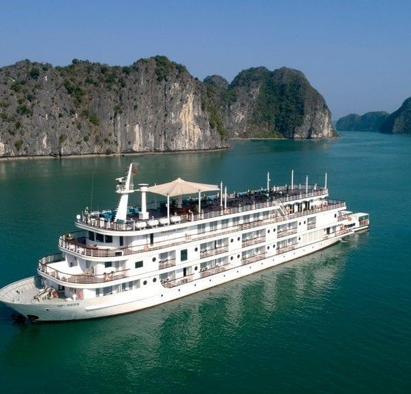 Du thuyền Paradise Grand Cát Bà
