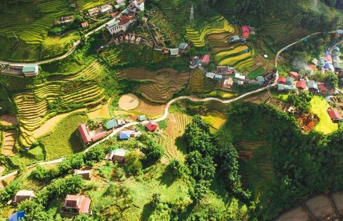 Các bản làng người dân tộc quan thị trấn Sapa