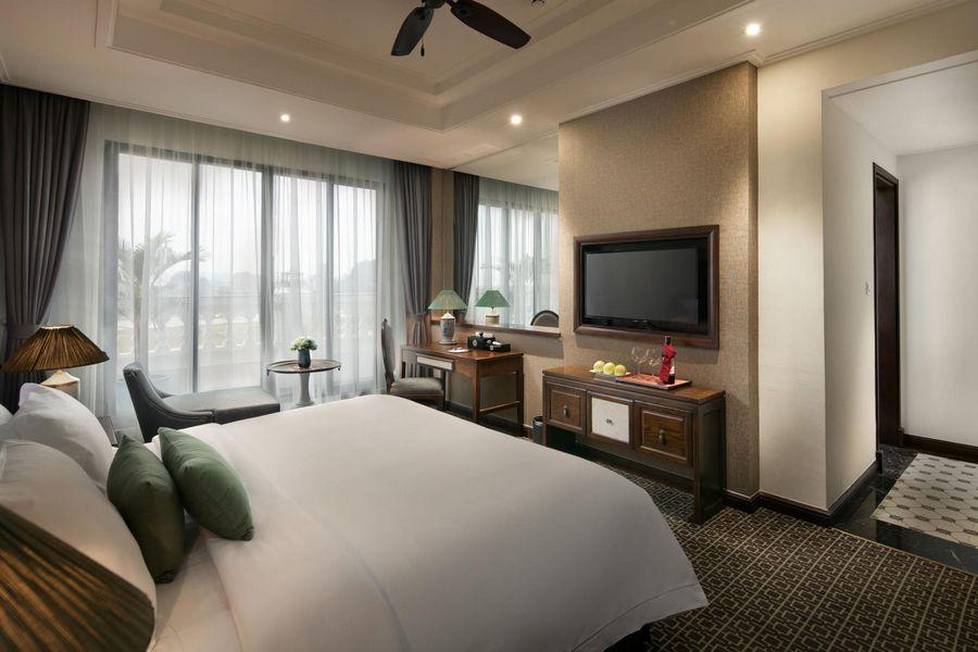 Hidden Charm Hotel Resort Ninh Binh 8