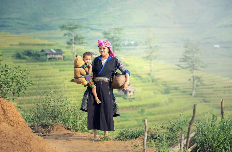 Bản làng cùng người dân các dân tộc ở Sapa