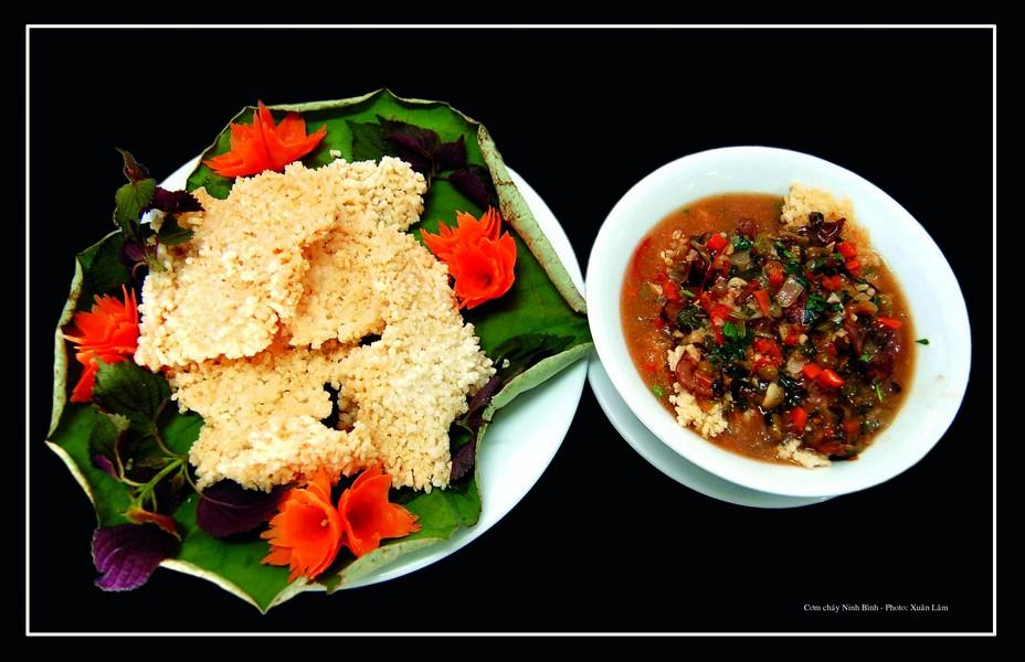 Đặc sản thịt dê cơm cháy Ninh Bình