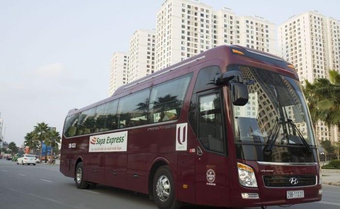 Xe limousine 28 ghế hành trình Hà Nội - Sapa