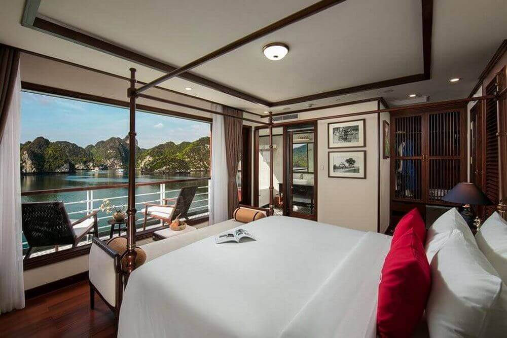 Phòng nghỉ trên du thuyền Heritage