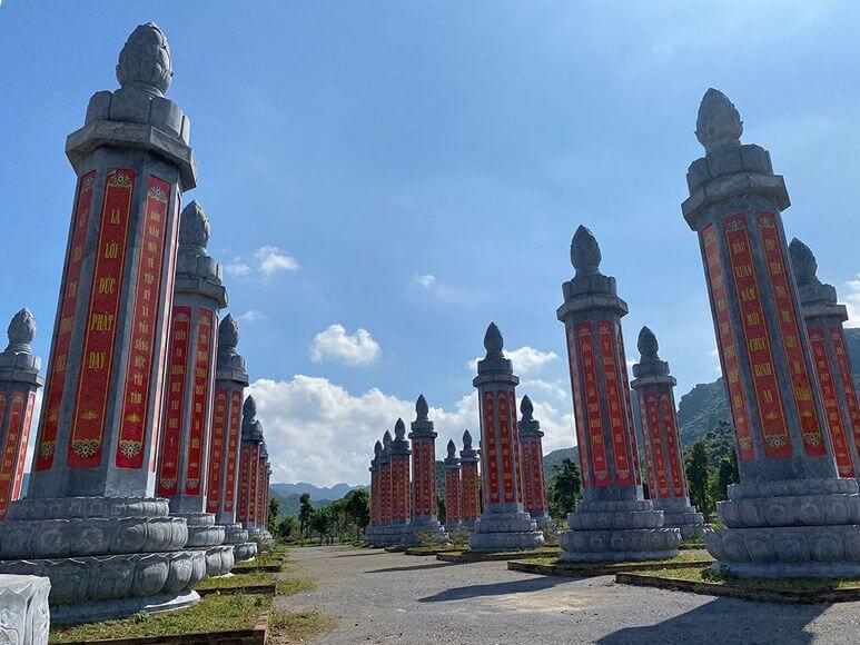 Vườn Cột Kinh - Chùa Tam Chúc