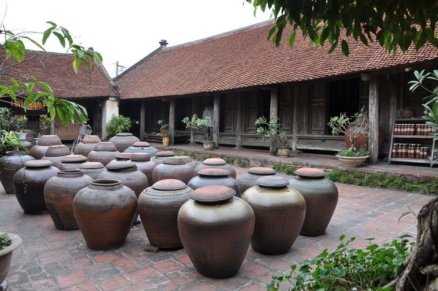 Nhà cổ tại làng Đường Lâm