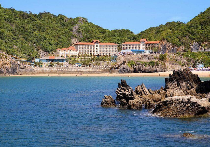 Resort trên Đảo Cát Bà