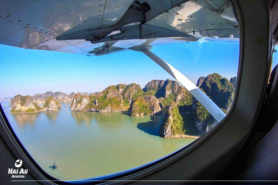 Ngắm cảnh Vịnh Hạ Long từ Thủy phi cơ