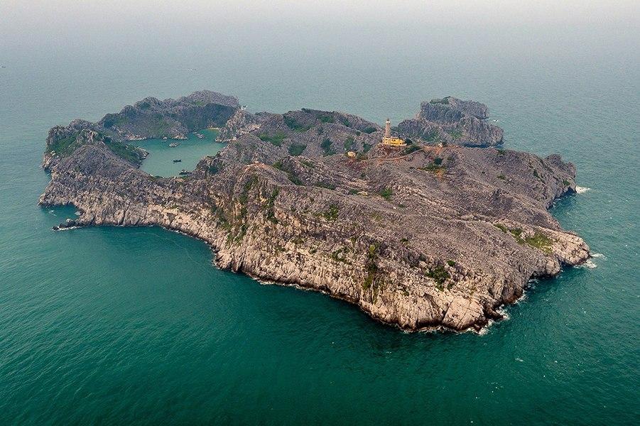 Đảo Long Châu, quần đảo Cát Bà