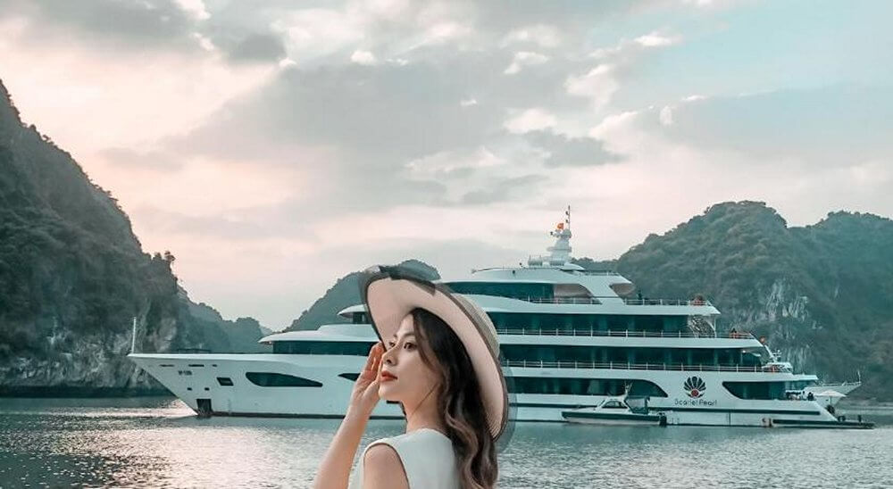 Check-in với du thuyền Scarlet Pearl
