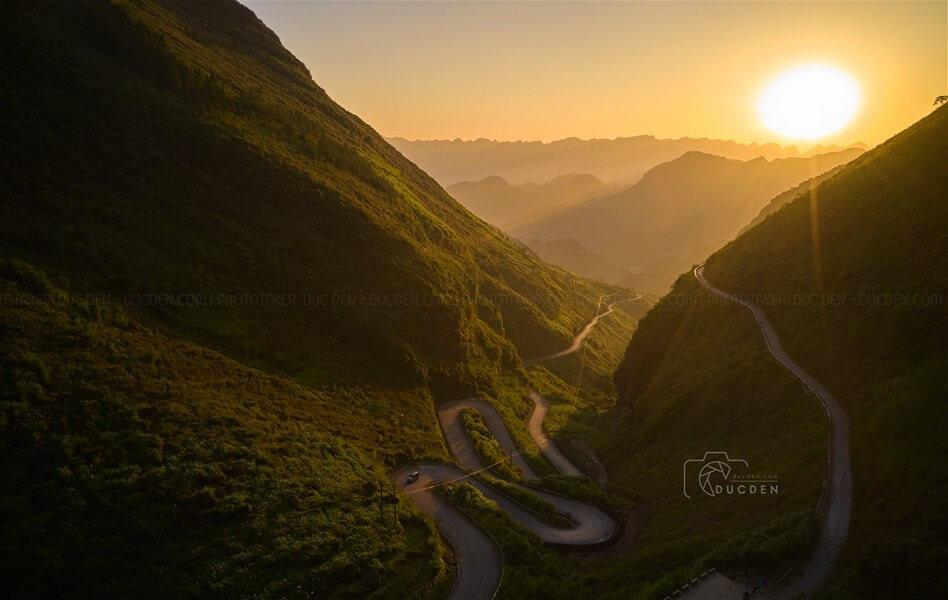 Những con đường và khúc cua ấn tượng trên hành trình khám phá Hà Giang