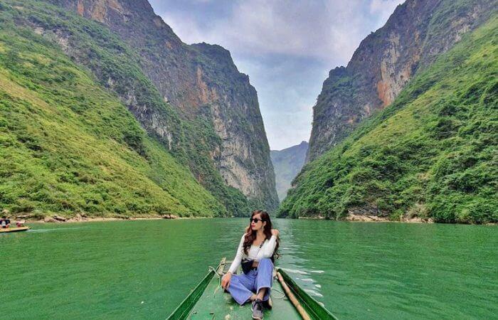 Khám phá hẻm Tu Sản trên thuyền sông Nho Quế
